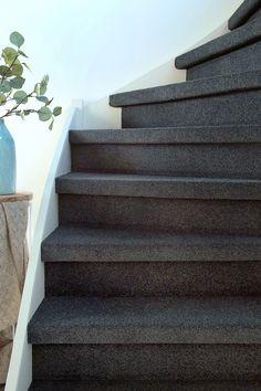 Corian, House Entrance, Under Stairs, New Homes, Trap Decor, Design, Home Decor, Amsterdam, Carpet