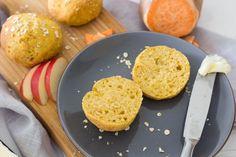 Süßkartoffelbrötchen mit Apfel & Haferflocken ⋆ Lieblingszwei * Mama- & Foodblog Dairy, Cheese, Rolled Oats, Healthy Travel Snacks, Sugar Free Baking