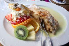 Apple pie, icecream and fruits! Icecream, Apple Pie, Nom Nom, French Toast, Fruit, Breakfast, Food, Morning Coffee, Ice Cream