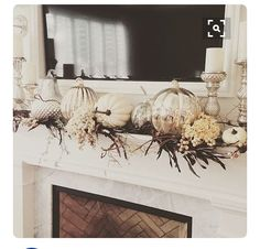 How Girls on a Budget Are Styling Their Homes For Fall: When looking for affordable Fall decor, you need look no farther than accent pieces. fall decor ideas How Girls on a Budget Are Styling Their Homes For Fall Diy Home Decor Rustic, Easy Home Decor, Decor Diy, Thanksgiving Decorations, Seasonal Decor, Holiday Decor, Thanksgiving Mantle, Fireplace Mantle Decorations, Decorate Mantle