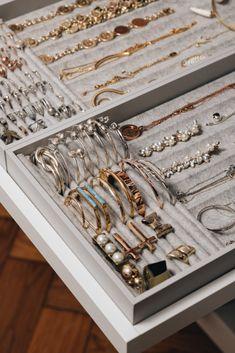 Schmuckaufbewahrung f r Ringe Ketten Brillen Co Fashiioncarpet Jewelry Closet, Jewelry Drawer, Kids Jewelry, Cheap Jewelry, Jewellery Storage, Jewellery Display, Jewelry Mirror, Jewelry Box, Leather Jewelry