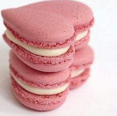 Heart macaroons - tea time perfection.