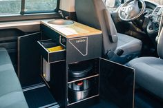 Kitchen module behind the driver's seat of the VW California Beach - Van Life Vw T5, T3 Vw, Volkswagen, Mini Camper, Camper Life, Camper Van, Truck Camper, Interior Trailer, Campervan Interior