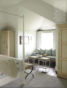 Tracery Interiors, Peter Block Architects. Photography Laura Rosen. Veranda Magazine July/August 2012.