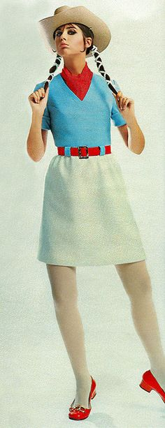 Seventeen magazine March 1969 casual day dress blue red white belt v-neck short sleeves mini late 60s early 70s looks skirt teen vintage fashion mod