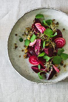 Rote Beete Salat mit Linsensprossen - ein gesunder Wintersalat