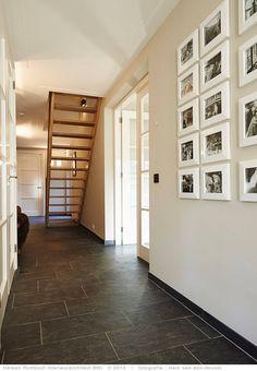 Moderner Flur, Diele & Treppenhaus von Heleen Rombout interieurarchitect BNI