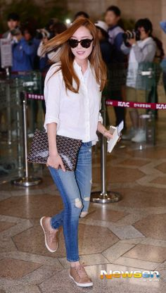 Jessica SNSD Airport Style