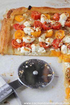 Cocinando entre Olivos: Tarta de tomates cherrys y queso de cabra. Receta paso a paso.