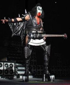 gene simmons - kiss - i wanna rock n roll all night & party everyday