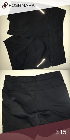 ATHLETA SPANDEX GREAT CONDITION Athleta Shorts