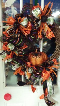 Happy Halloween Wreath Spooky Spider by Motherdaughterflowe1