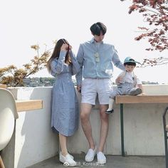 Ulzzang Kids, Ulzzang Korea, Ulzzang Couple, Matching Couple Outfits, Matching Couples, Korean Couple Photoshoot, Couple With Baby, Father And Baby, Korean Babies