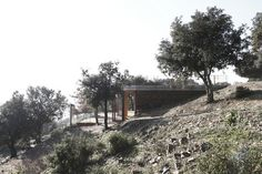"""Toni Gironés Saderra — Information Point and Pavillion Acces to the Natural and Archeological Site of """"els Turons de les Tres Creus"""""""