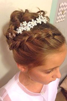 18 Cute Flower Girl Hairstyles ❤ See more: http://www.weddingforward.com/flower-girl-hairstyles/ #weddings #hairstyles