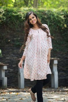 Momzjoy Indian Maternity & Nursing Kurta #maternityfashion #momzjoy #maternity #India #momtobe #maternityclothing #pregnancy #fashion #confidence #pregnancyclothes #clothing #pregnancy #empowerment #cute #babyshower #adorable #chic  #Indian #Kurta #summer #stylishbump #bumpstyle #bump #preggers #style www.momzjoy.com
