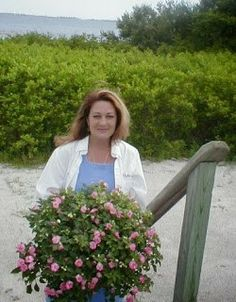 Deborah Dolen is the author of dozens of DIY books on cooking, entertaining, homekeeping, beekeeping, canning, making bath and body products,and gardening.