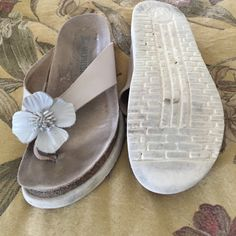 Mephisto Sandals Like a grey white with leather n fringe flower, soles are worn s little at toe n heel but not bad Mephisto Shoes Sandals