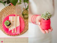 pink neon and botanic design Event Design, Neon, Table Decorations, Plants, Pink, Home Decor, Decoration Home, Room Decor, Neon Colors