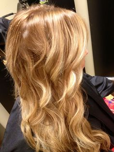 Pictures of honey golden hair color - Honey Golden Hair, Golden Hair Color, Hair Color Dark, Blonde Color, Blonde Highlights, Chunky Highlights, Caramel Highlights, Color Highlights, Blonde Ombre