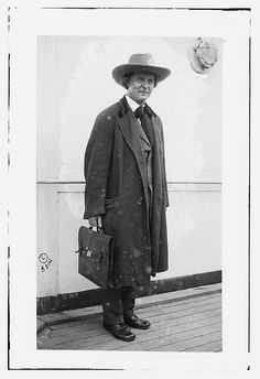 Elbert Hubbard on LUSITANIA (LOC). Writer, artist, philosopher. Founded Roycroft community in East Aurora, NY. Died when the RMS Lusitania was sunk.