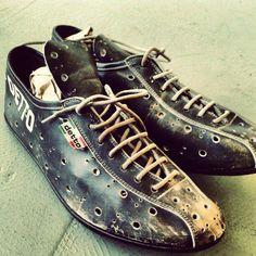 Mtb Clothing, Cycling Shoes, Bike Style, Chuck Taylor Sneakers, Chuck Taylors, Fashion, Biking, Moda, Fashion Styles