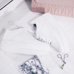 Nível de amor: amo mais que pizza. @vizzano_oficial   tenis branco flatform white shoes