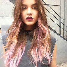 Barbara Palvin Pink Hair L'Oreal
