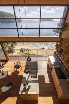 On Great Mackerel Beach, in a once concealed Sydney suburb, lies Hart House by Casey Brown Architecture; a contemporary interpretation of the Australian beach shack Residential Architecture, Interior Architecture, Interior And Exterior, Australian Architecture, Interior Modern, Modern Luxury, Landscape Architecture, Hart House, Beach Shack