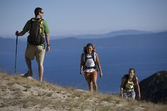 Summer Hiking, Destinations in Connecticut, Hiking Equipment, Physic Tourism