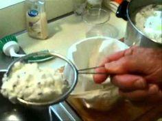 Making Farmers Cheese greek-yogurt How To Make Cheese, Making Cheese, Farmers Cheese, Homemade Cheese, Wine Cheese, Cooking Videos, Kefir, Antipasto, Freezer Meals