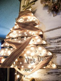Hometalk :: Recycled Pallet Christmas Tree and Something Really Cool!