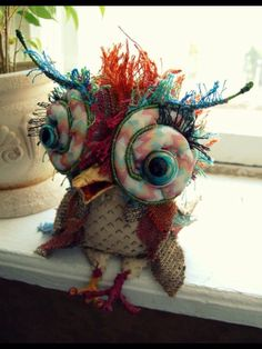 Owl - inspiration - no-one knows who made this - well done to the person that did! Textile Sculpture, Soft Sculpture, Textile Art, Fabric Birds, Fabric Art, Sewing Crafts, Sewing Projects, Owl Always Love You, Monster Dolls