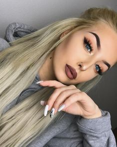 "8,491 Likes, 60 Comments - Andrea Gladsø (@andreagladso) on Instagram: ""@anastasiabeverlyhills dipbrow pomade and Cheater mascara to blend the lashes, @thebalm_cosmetics…"""