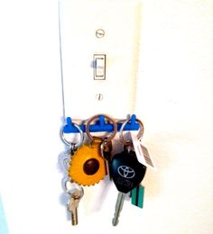 #3Dprinted key hook that attaches right to your light switches. #3DThursday