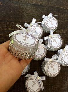 12 baptism favors boxes with mini rosaries by Nandospartysupply