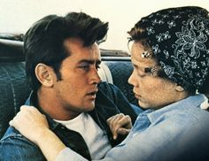 Badlands - Terrence Malicks minor masterpiece with a young Martin Sheen & Sissy Spacek Summertime Movie, Sissy Spacek, Crime Film, Clint Eastwood, Film Stills, Film Movie, New People, New Wave, My Images