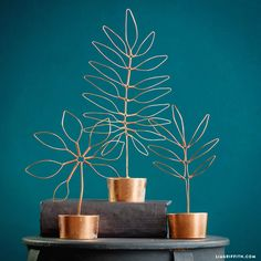 An easy DIY project that's fabulous & functional! Use our template & photo tutorial to make stylish copper wire leaf decor that doubles as a jewelry stand