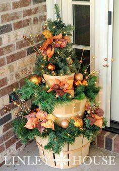 The Linley House : Apple Basket Christmas Decor