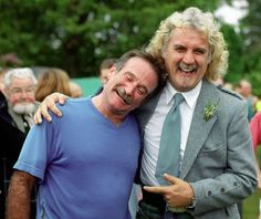 Robin Williams (l.) is greeted by his friend, comedian Billy Connolly, in Scotland in God, Robin, i miss you. Billy Connolly, British Actors, American Actors, Robin Williams Quotes, Robin Williams Death, Stand Up Comedians, Stand Up Comedy, Celebs, Celebrities