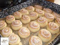 Fincsi receptek: Kókuszos sütik Griddle Pan, Pretzel Bites, Hot Dog Buns, Macarons, Muffin, Bread, Cheese, Cookies, Breakfast