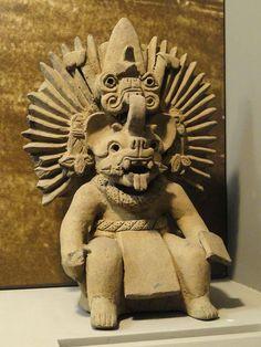 Escultura de una de las deidades de Lambityeco