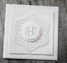 First Communion Cards, Communion Gifts, Doilies, Wedding Cards, Cardmaking, Diy And Crafts, Scrapbooking, Confirmation, How To Make