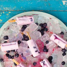 Cool the kids off with @MountainHighYoghurt's Ice Pops. This treat can be created with three easy steps and is perfect for those hot summer days. All you need is honey, @MtnHighYoghurt  and fresh berries!
