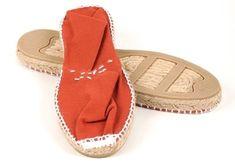 Spanish Espadrilles, Women's Espadrilles, Spanish Shoes, Play Shoes, Spanish Woman, Princess Caroline, Baby Size, Grace Kelly, Parisian Style