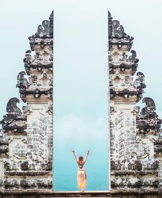 Gates to Heaven at Pura Lempuyang temple in East Bali - The ultimate Bali Bucket List 2018 Places To Travel, Places To Visit, Temple Bali, Bali Travel Guide, Travel List, Asia Travel, 100 Things To Do, Backpacking Asia, Jimbaran