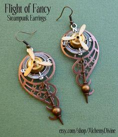 steampunk-chandelier-earrings-propeller-compass-pe--UDU2Ny05MzY2NS4zMDM5NjA=.jpg (567×660)