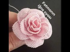 Crochet Organizer, Crochet Flowers, Embroidery Designs, Make It Yourself, Diy And Crafts, Youtube, Crochet Triangle, Hand Embroidery Designs, Needle Lace