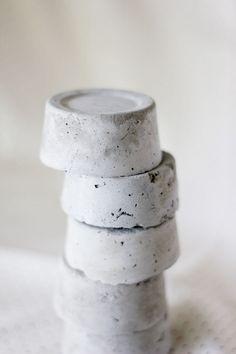 DIY cement pattern weights