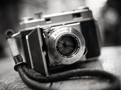 Kodak Retina IIa being film tested BW